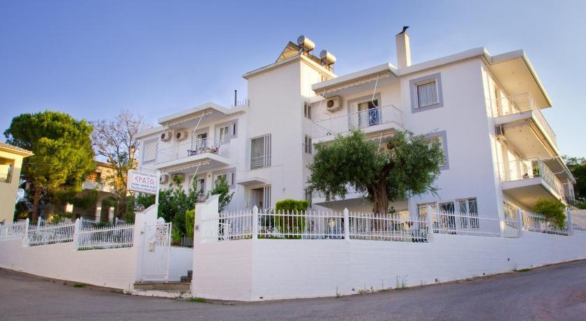 Erato Apartments, Apartment, Petalidi, Messinia, 24005, Greece