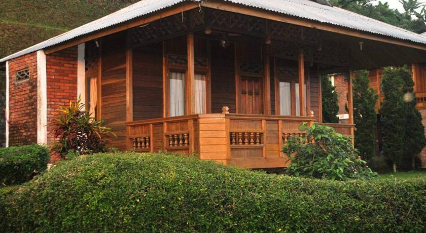 Taman Safari Indonesia Dan Juga Dari Wisata Matahari Hotel Dibutuhkan 25 Jam Berkendara Untuk Menuju Bandara Internasional Soekarno Hatta