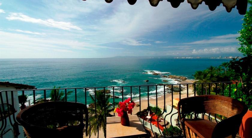 Highly Rated Puerto Vallarta Hotels, Quintana Roo, Mexico