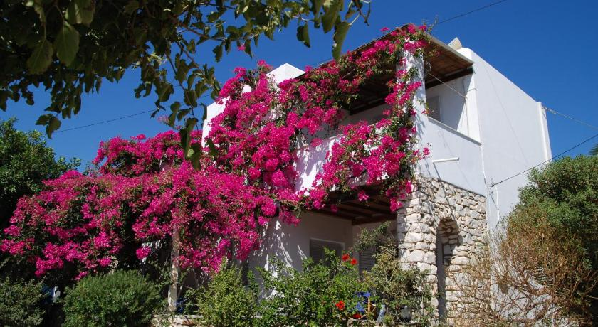 Kelly'S, Hotel, Chrysi Akti, Boudari, Paros, 84400, Greece