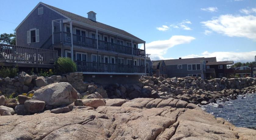 bearskin neck motor lodge rockport usa