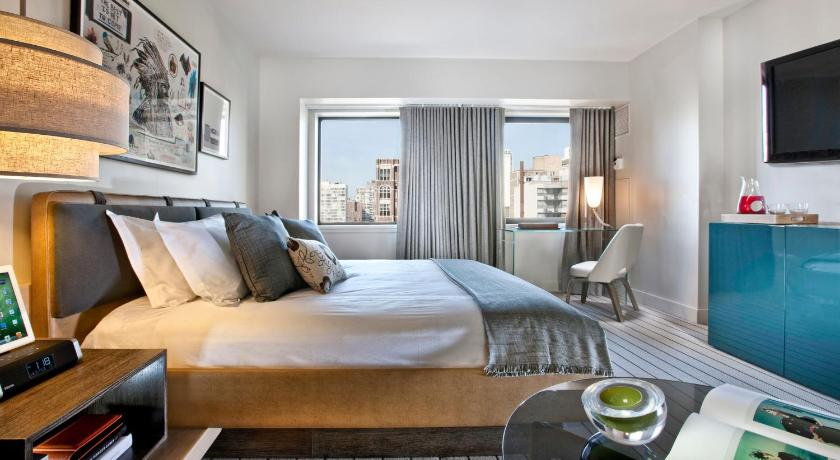 Hotel thompson chicago il for Book a hotel room in chicago