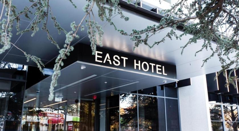East Hotel and Apartments