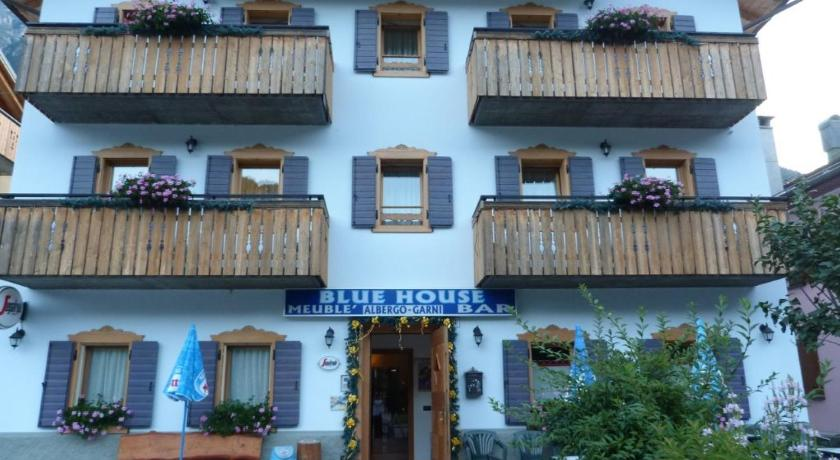 Bed breakfast meubl blue house italia auronzo di for Meuble ottimo