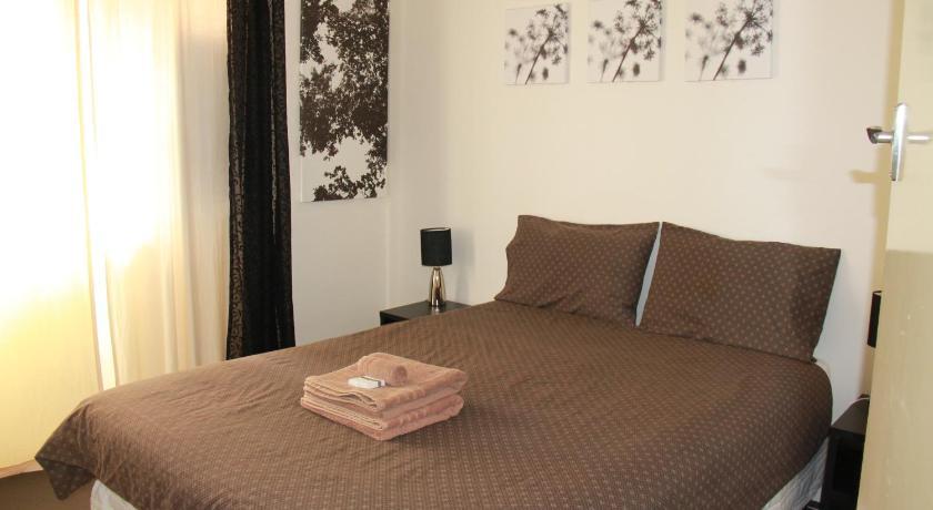 Malibu Apartments - Perth