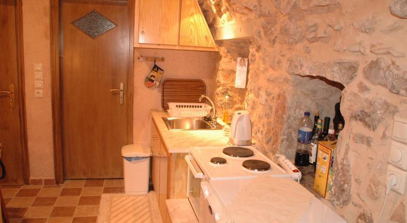 Stone Apartments, Apartment, Avgonima, Chios, 82100, Greece