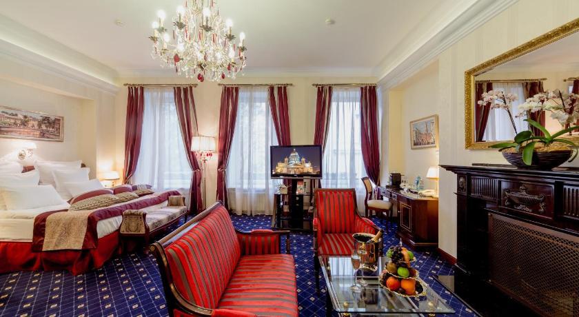мини отель золотой треугольник: