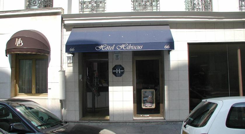 Hotel hibiscus r publique paris france for Telephone booking france