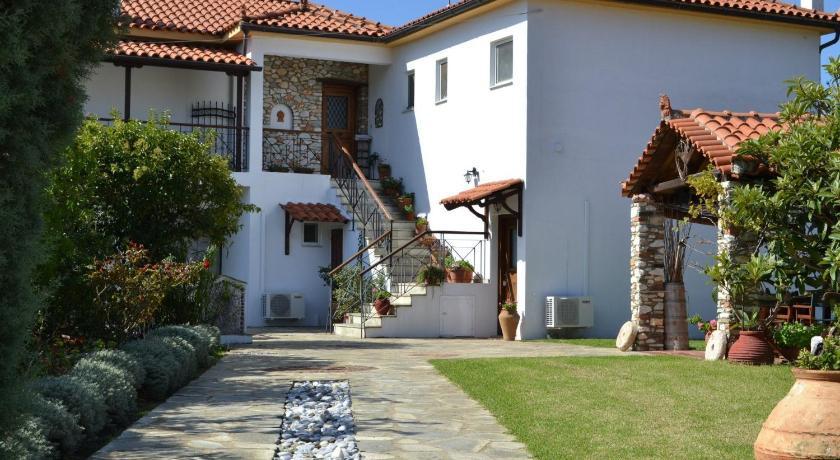 Kolios House, Hotel, Kolios Area, Skiathos, Sporades, 37002, Greece
