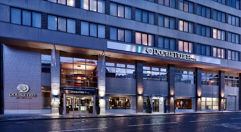 London Escorts Near DoubleTree by Hilton London Victoria