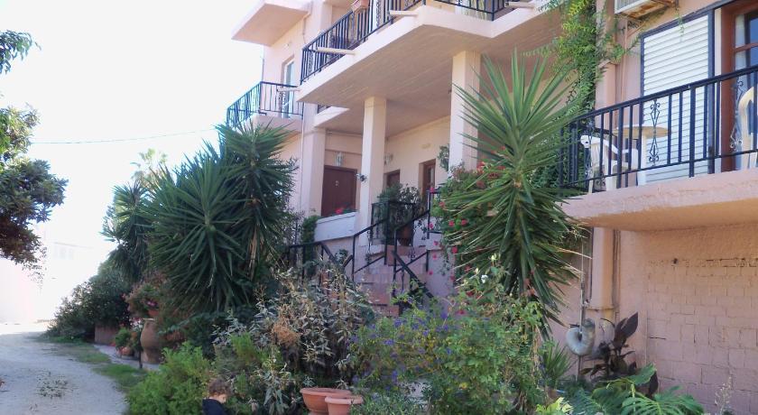 Nikolas Apartments, Apartment, Kalamaki, Chania, 73100, Greece