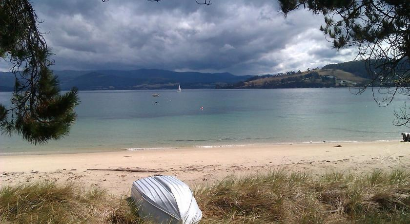 Vacation Home Bruny Island Beachside