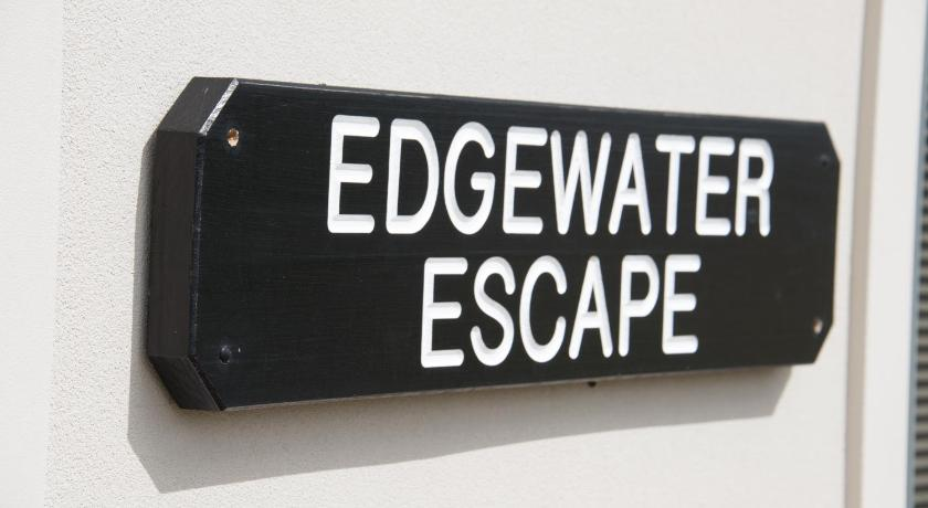Vacation Home Edgewater Escape