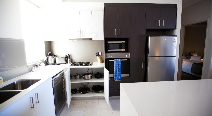 Verandah Apartments