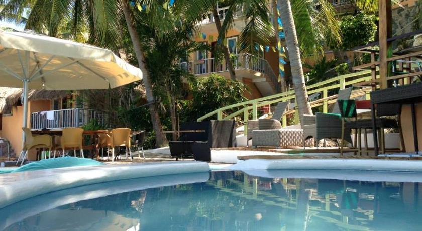 Seafari Beach Resort Oslob Cebu