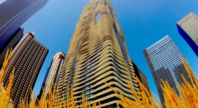 Radisson Blu Aqua Hotel Chicago (Chicago)