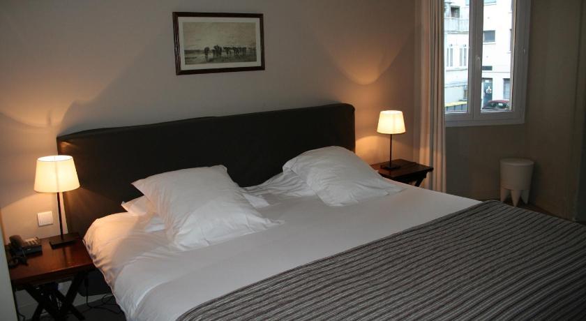 hotel de nemours rennes france. Black Bedroom Furniture Sets. Home Design Ideas