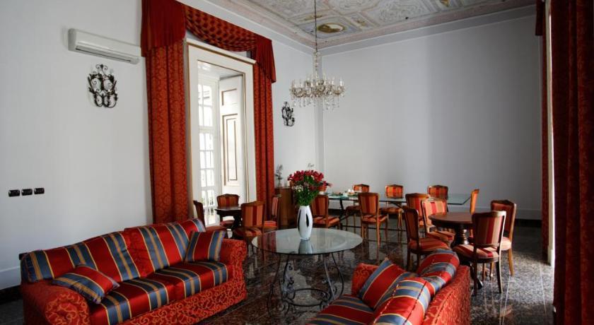 Le Stanze Del Vicerè Boutique Hotel (Neapel)