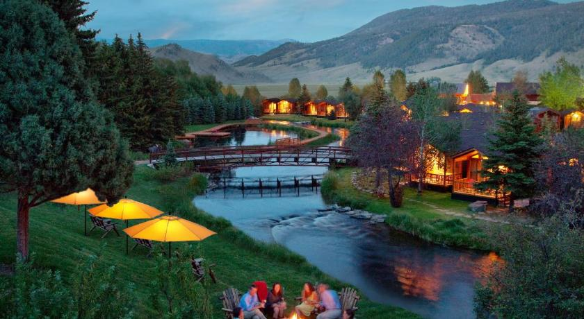 アメリカ,ジャクソン,ラスティック イン クリークサイド リゾート アンド スパ アット ジャクソン ホテル(Rustic Inn Creekside Resort and Spa at Jackson Hole)