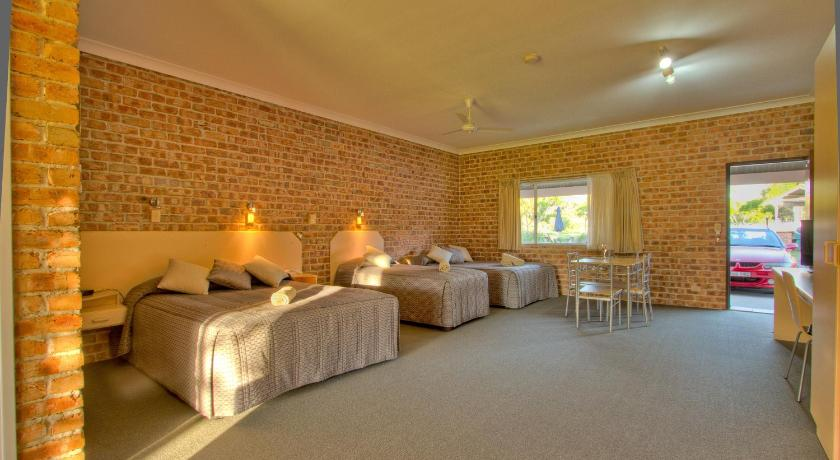 Gloucester Country Lodge