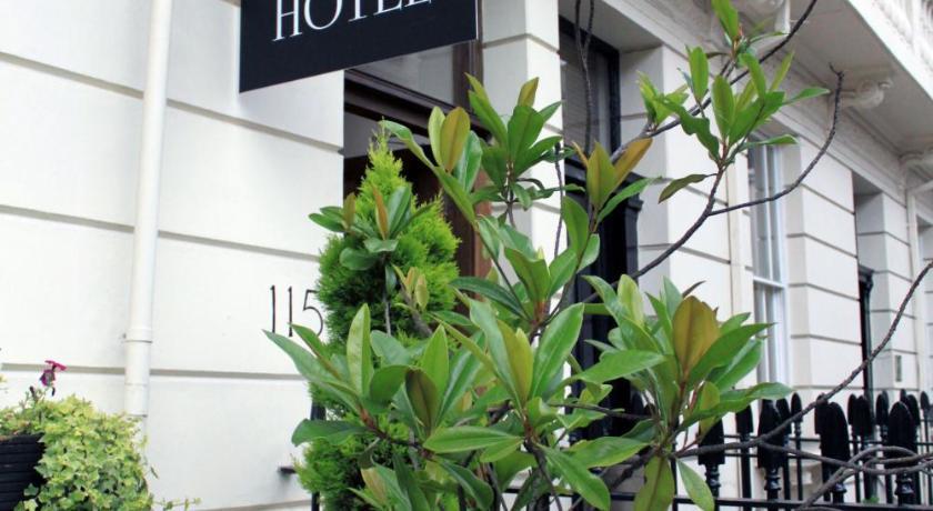 London Escorts Near Sheriff Hotel