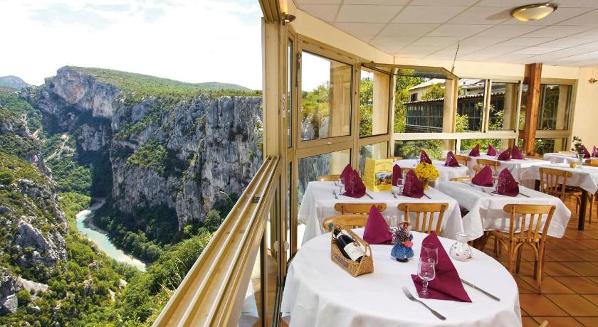 hotel grand verdon frankreich aiguines booking