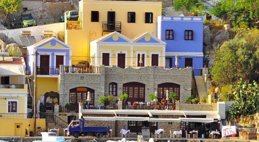 S jours symi la gr ce autrement - Maison de vacances iles turques worth ...