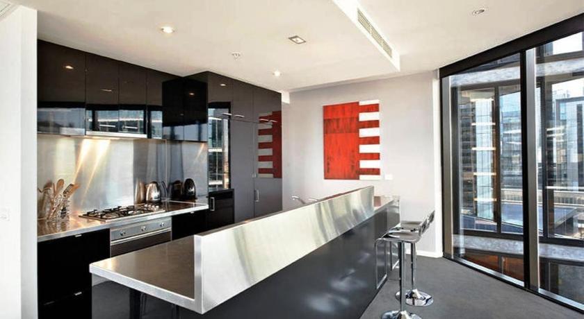 Docklands Executive Hotel