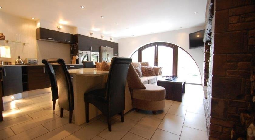 Knutsford Country Cottage Apartments