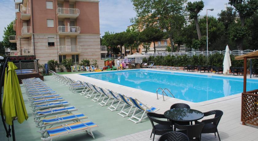 Hotel Jumbo (Rimini)