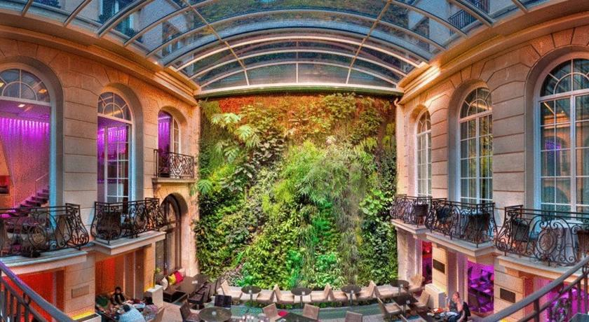 Hotel Pershing Hall Paris France