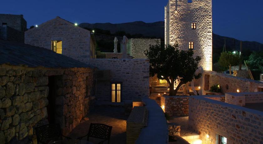 Pappoudiko, Hotel, Omales (Krialianika), Areopolis, 23062, Greece