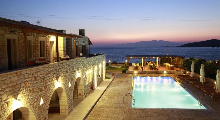 Avgerinos Village, Hotel, Agiassos, Naxos, 84300, Greece