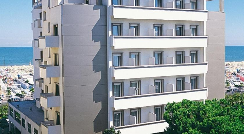 National Hotel (Rimini)