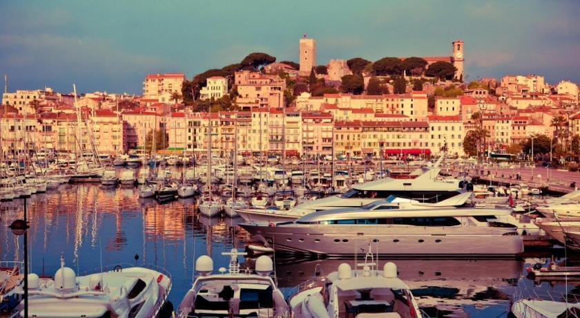 Cannes à 100 mètres du Palais et des plages (Cannes)