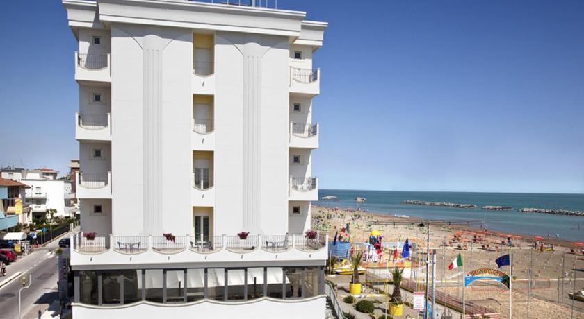 Hotel Zeus (Rimini)