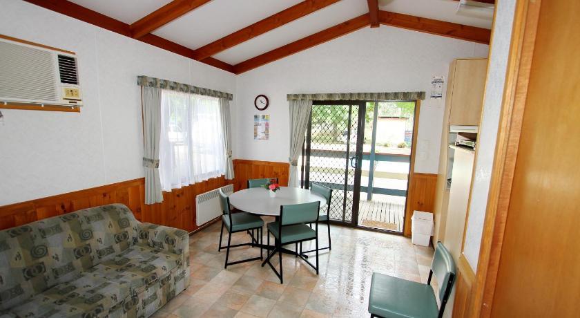 Resort Village Wangaratta Caravan and Tourist Park