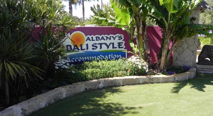 Apartment Albany Bali Style Accommodation