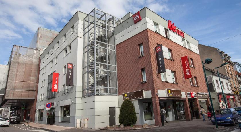 Vue de la façade de l'hôtel