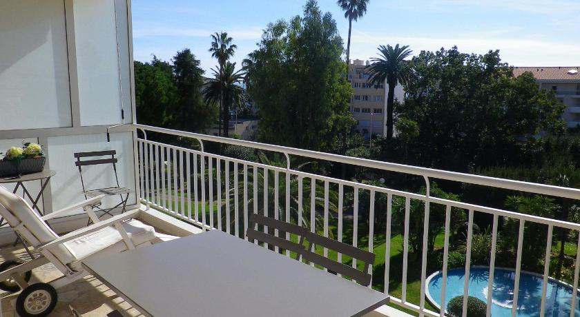 Appartement agence anthalia les pervenches for Agence reservation hotel
