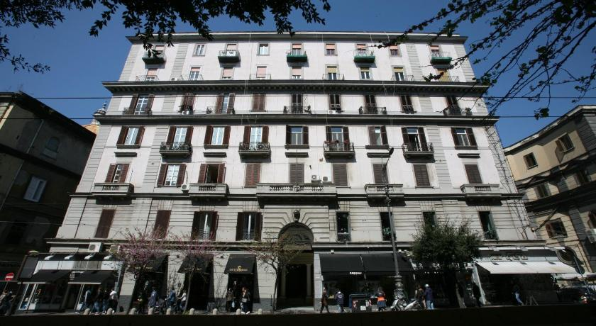 Napoli Suite (Neapel)