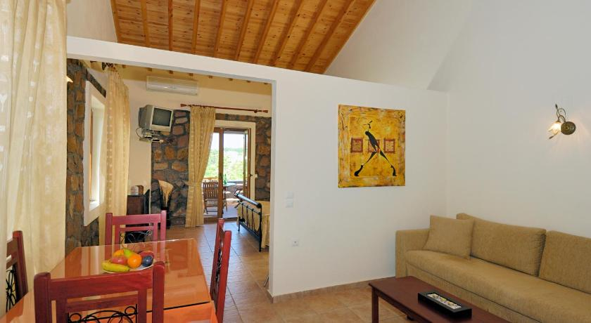 Michaela Beach Houses, Hotel, Mithimna, Lesvos, 81108, Greece