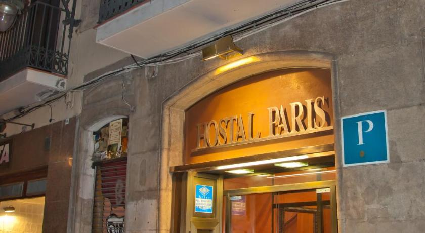 Top deals guesthouse hostal paris barcelona spain for Hotel paris barcelona