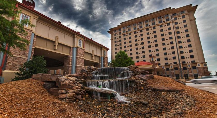 grand casino 777 grand casino boulevard shawnee ok 74804 united states