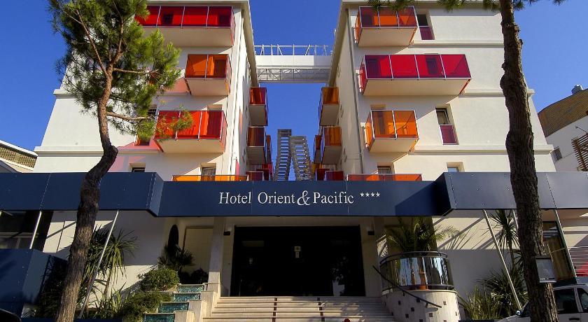 Hotel Orient & Pacific (Jesolo)