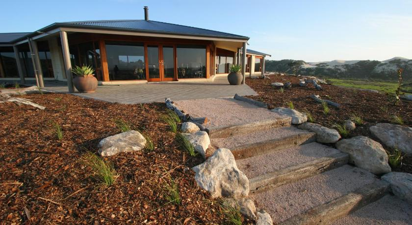 Almonta Park Lodge