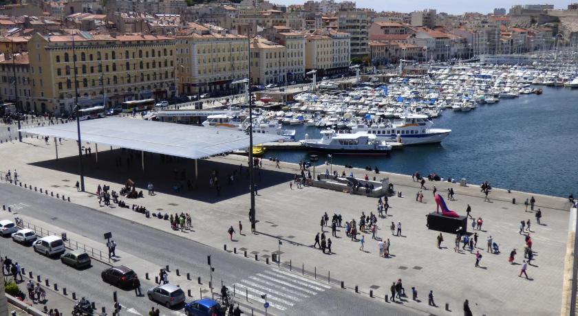 Escale Oceania Marseille Vieux Port (Marseille)