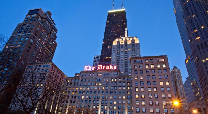 Hotel the drake chicago il for Hotel right now in chicago