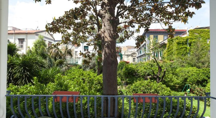 The Bellini House B&B (Neapel)