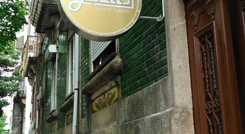Jualis Guest House (Porto)